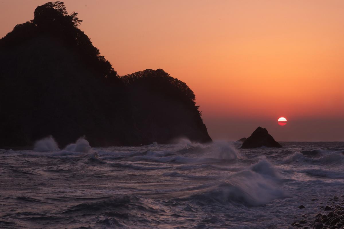 (特選)瀬浜の立波