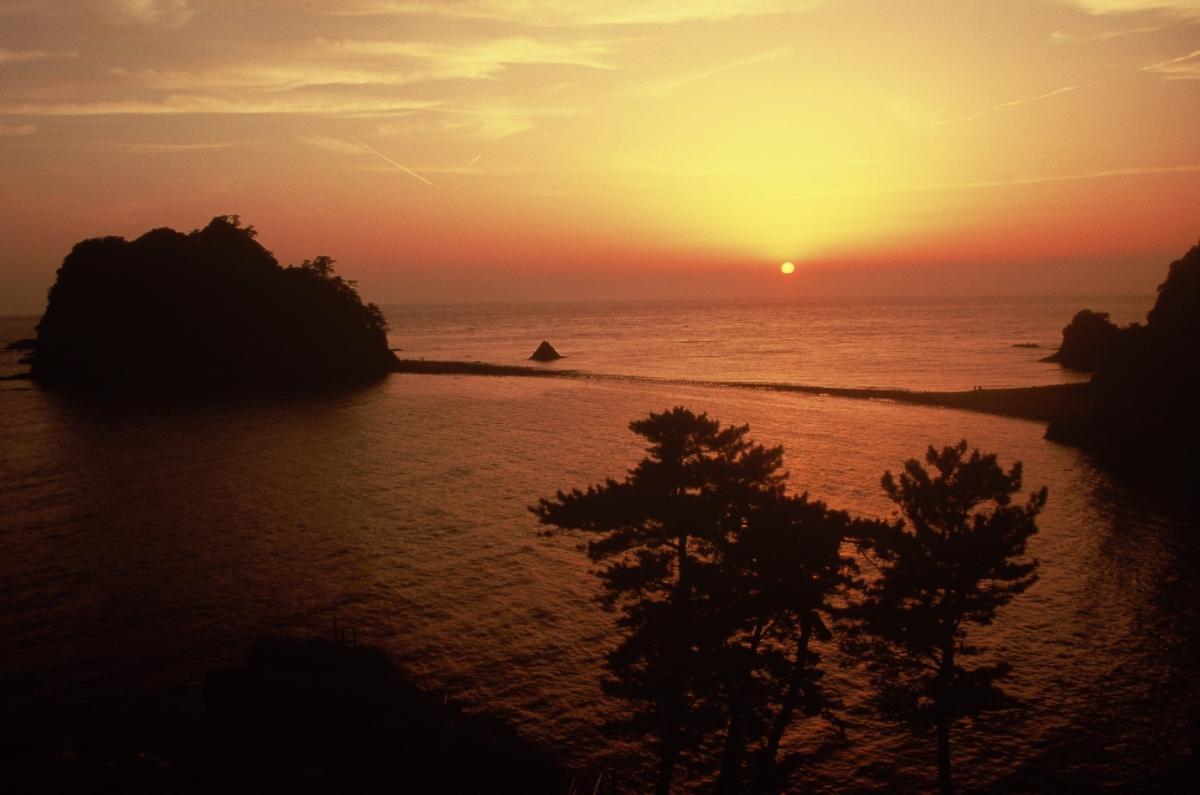 (入選)トンボロの海