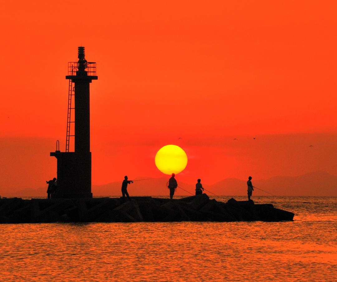 (入選)灯台の秋