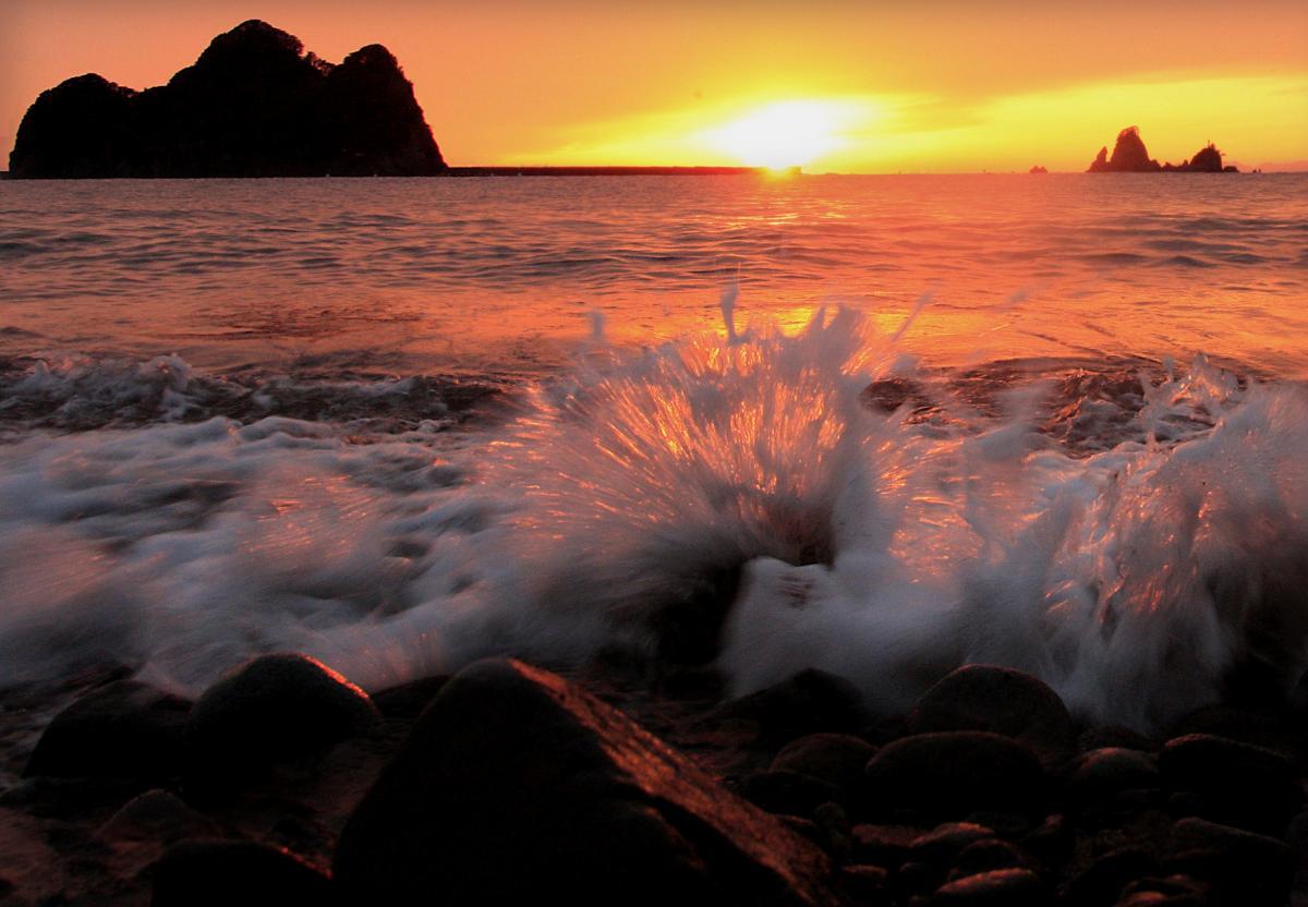 (入選)日没の海辺