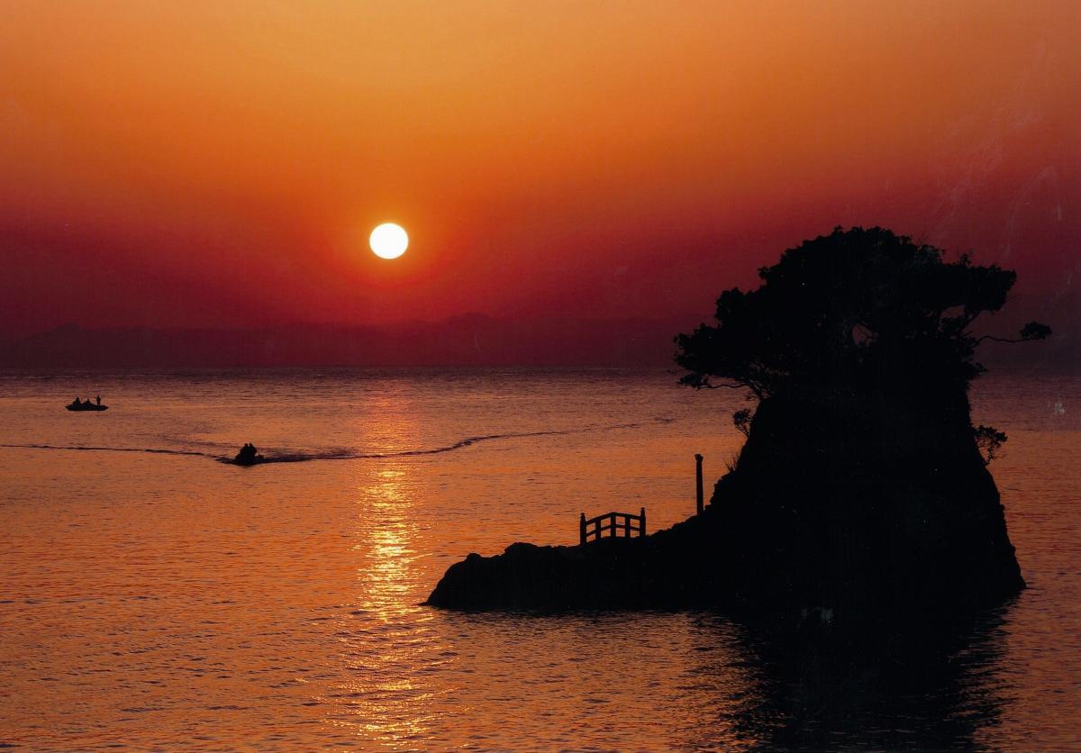 (入選)夕暮れの安良里港